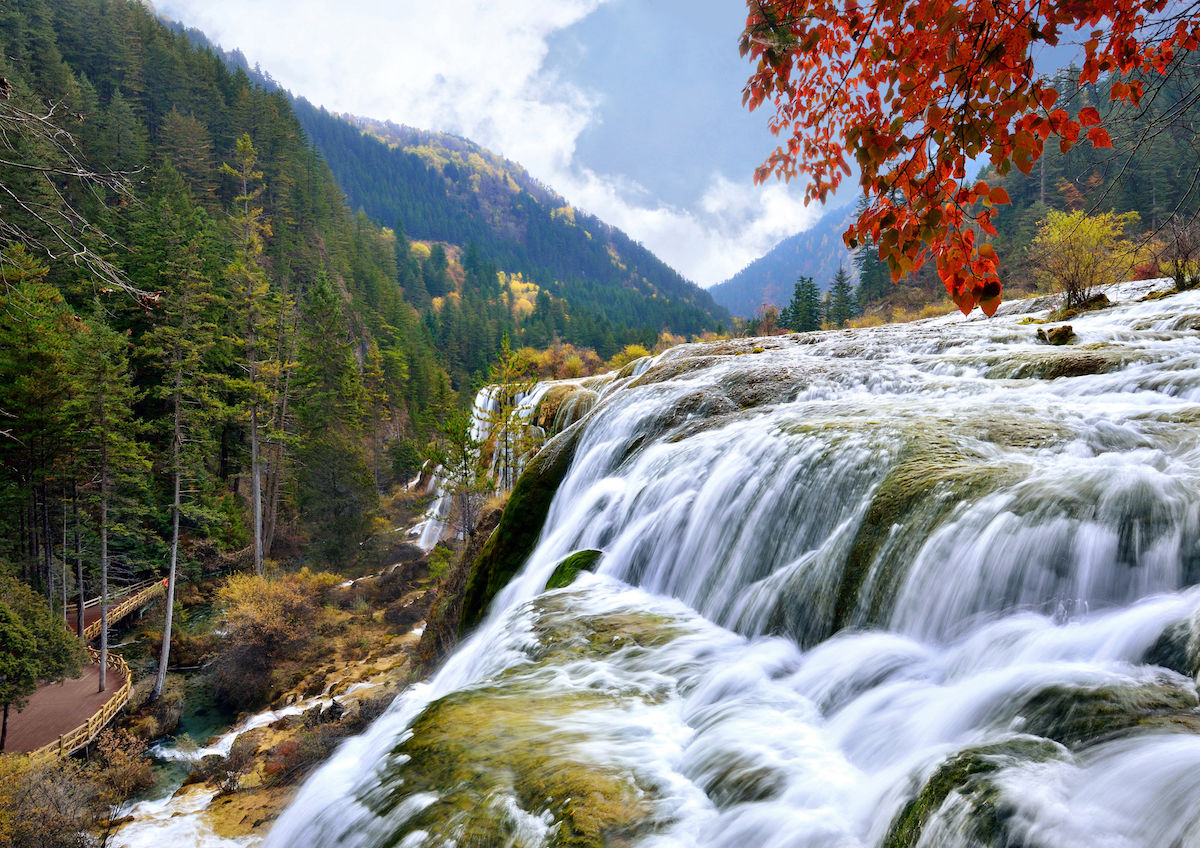 How To Visit Jiuzhaigou National Park In China