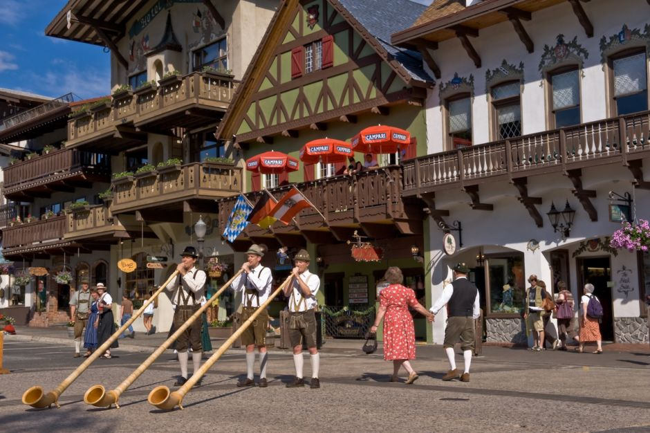 Alphorns Leavenworth summer experience
