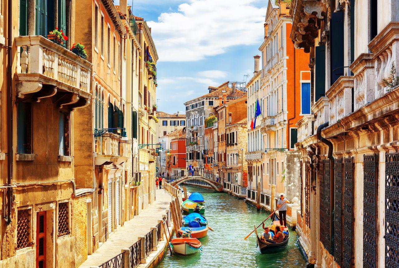 Ponte de la Bergami in Venice, Italy