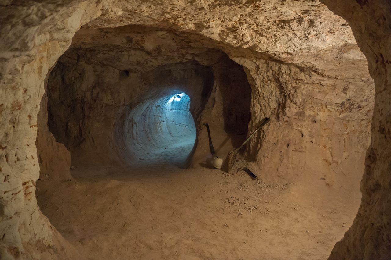 Coober Pedy underground tunnel