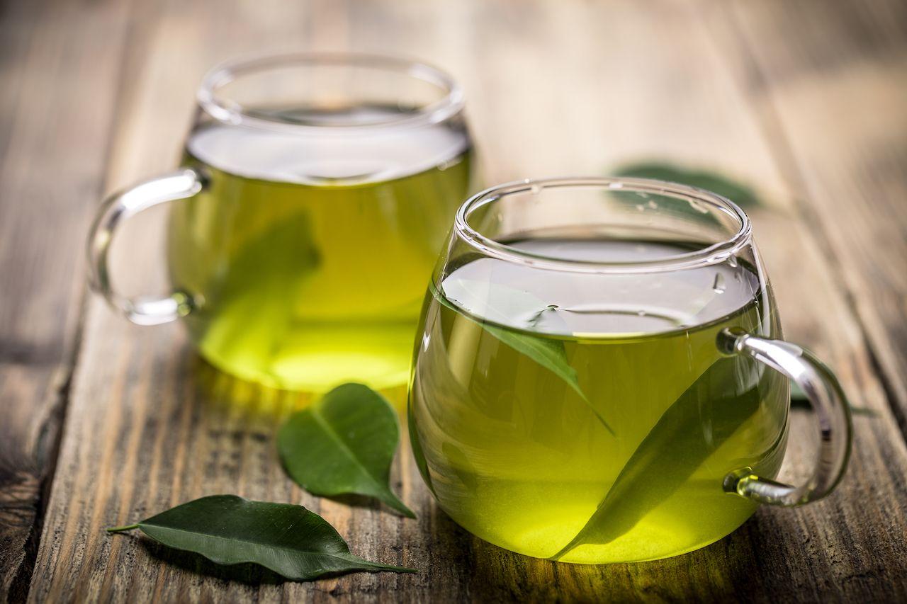 Green tea in cups