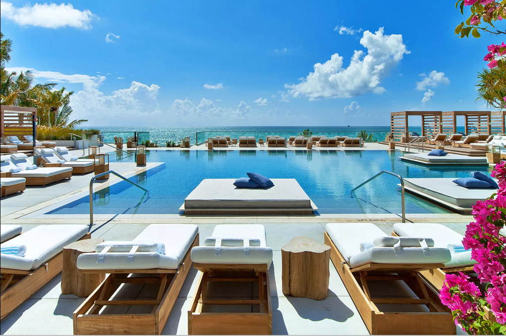 1 Hotel pool