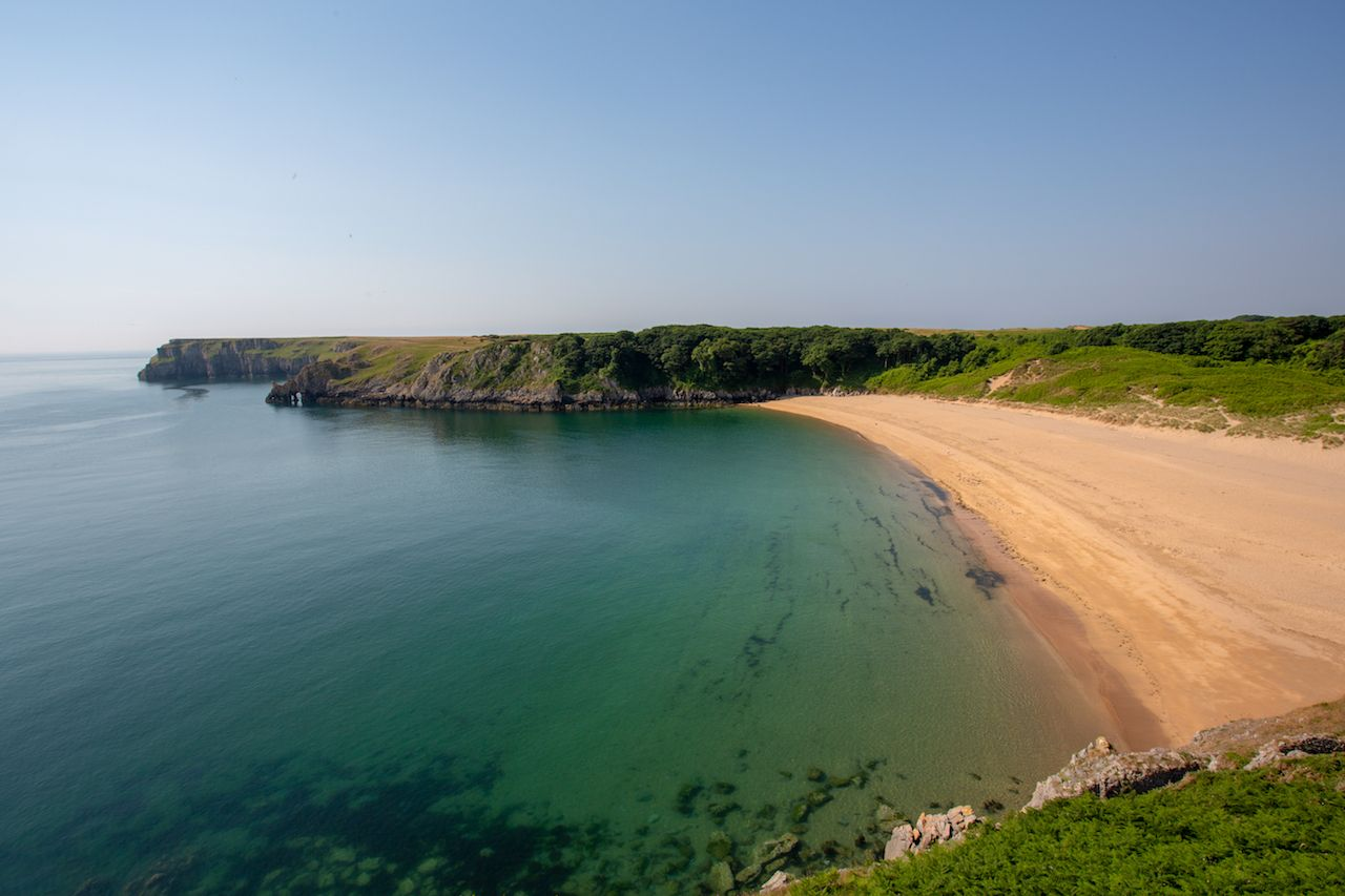 Barafundle Bay beach in Pembrokeshire, South Wales, UK