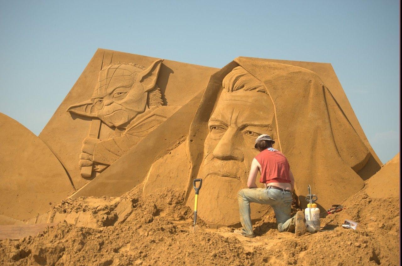 Disney sand sculpture Belgian festival