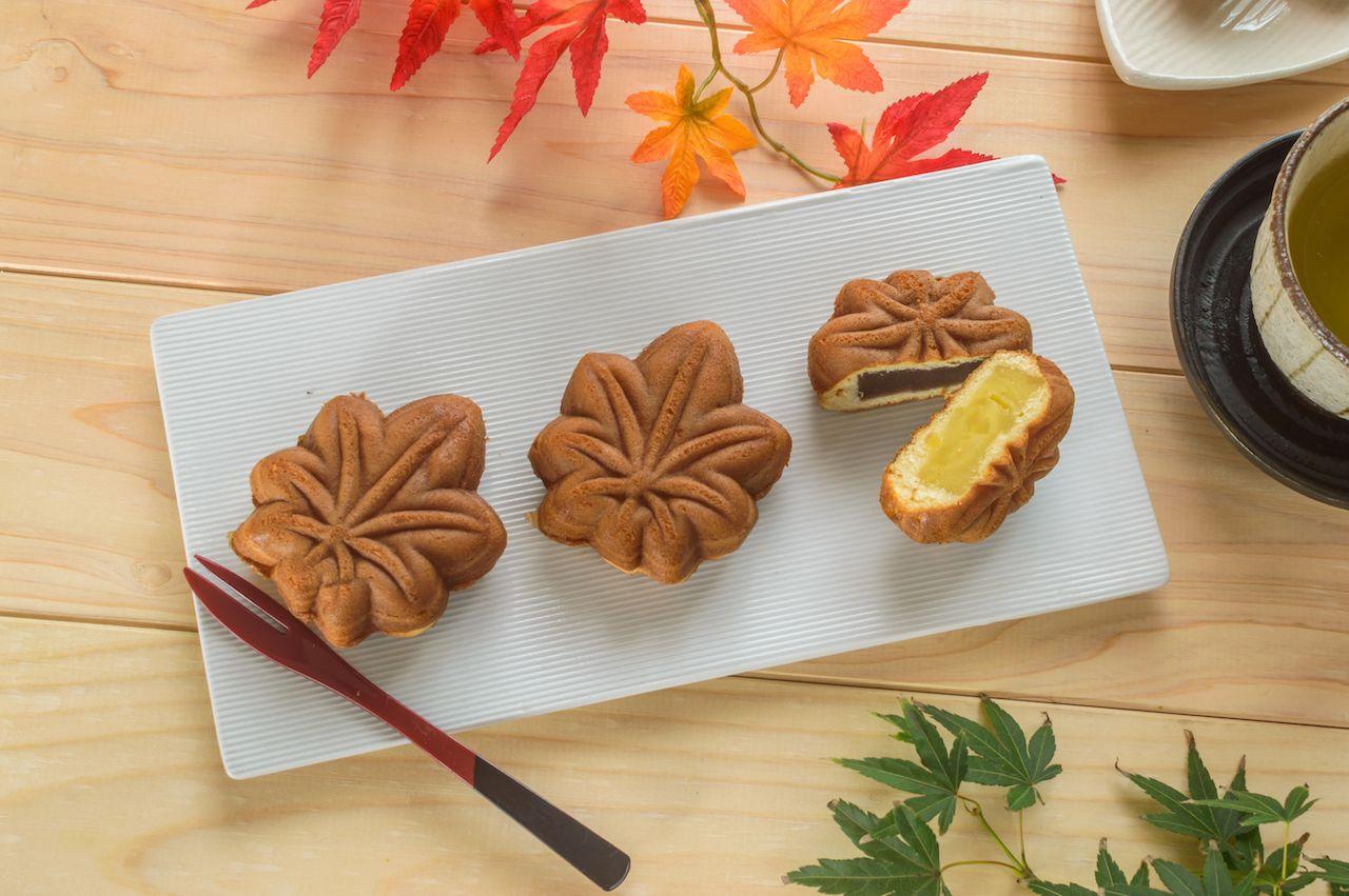 Japanese Momiji manju dessert