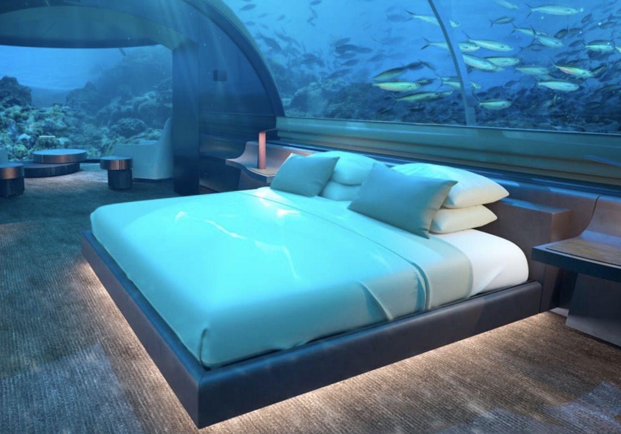 Muraka Underwater Villa bed