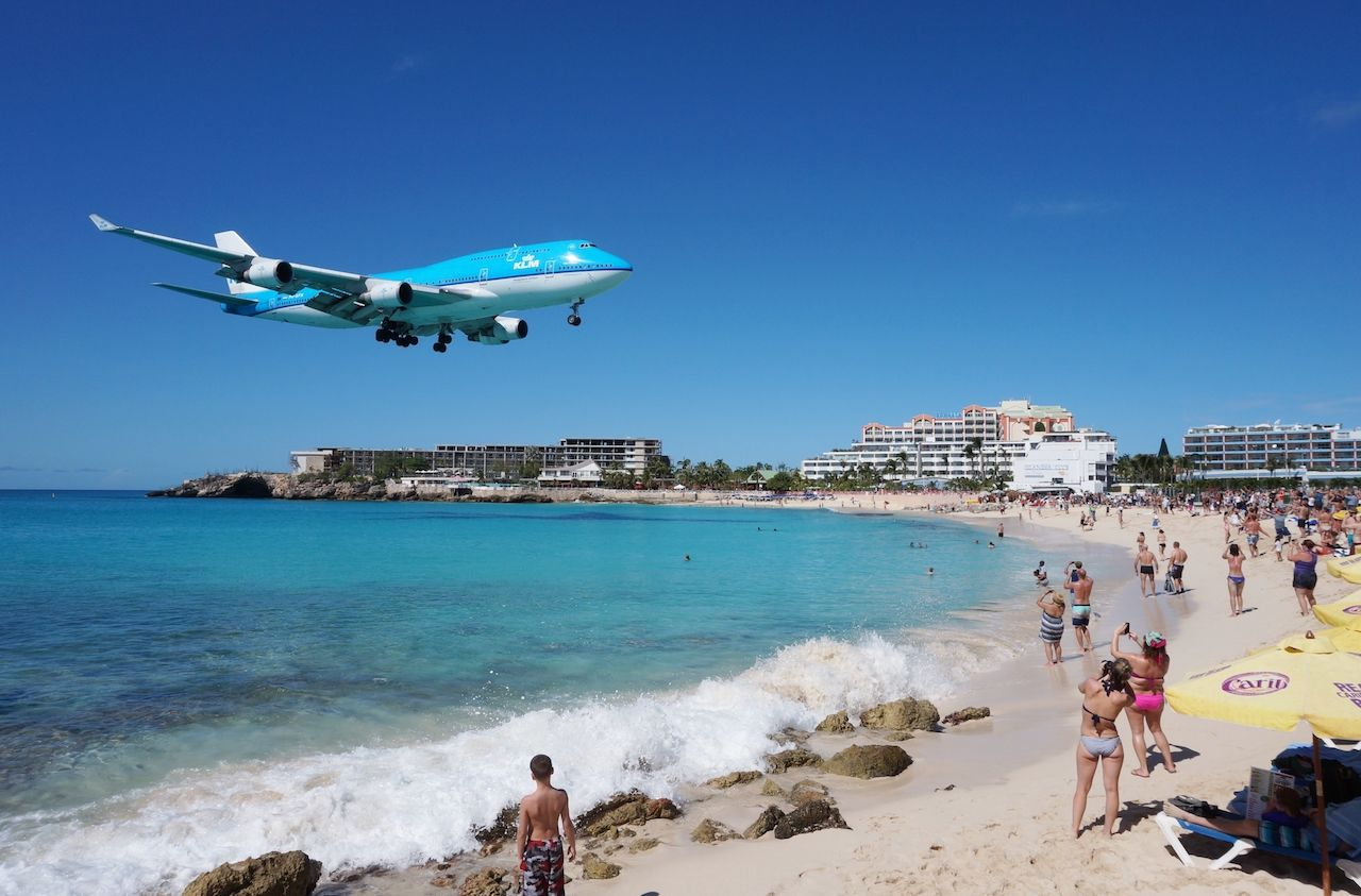 Princess Juliana International Airport landing