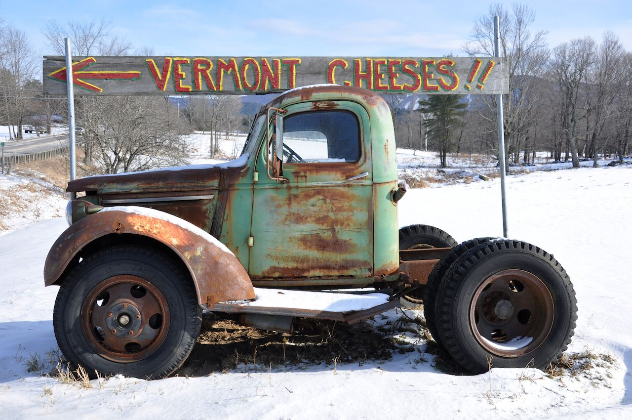 Vermont cheeses sign and truck