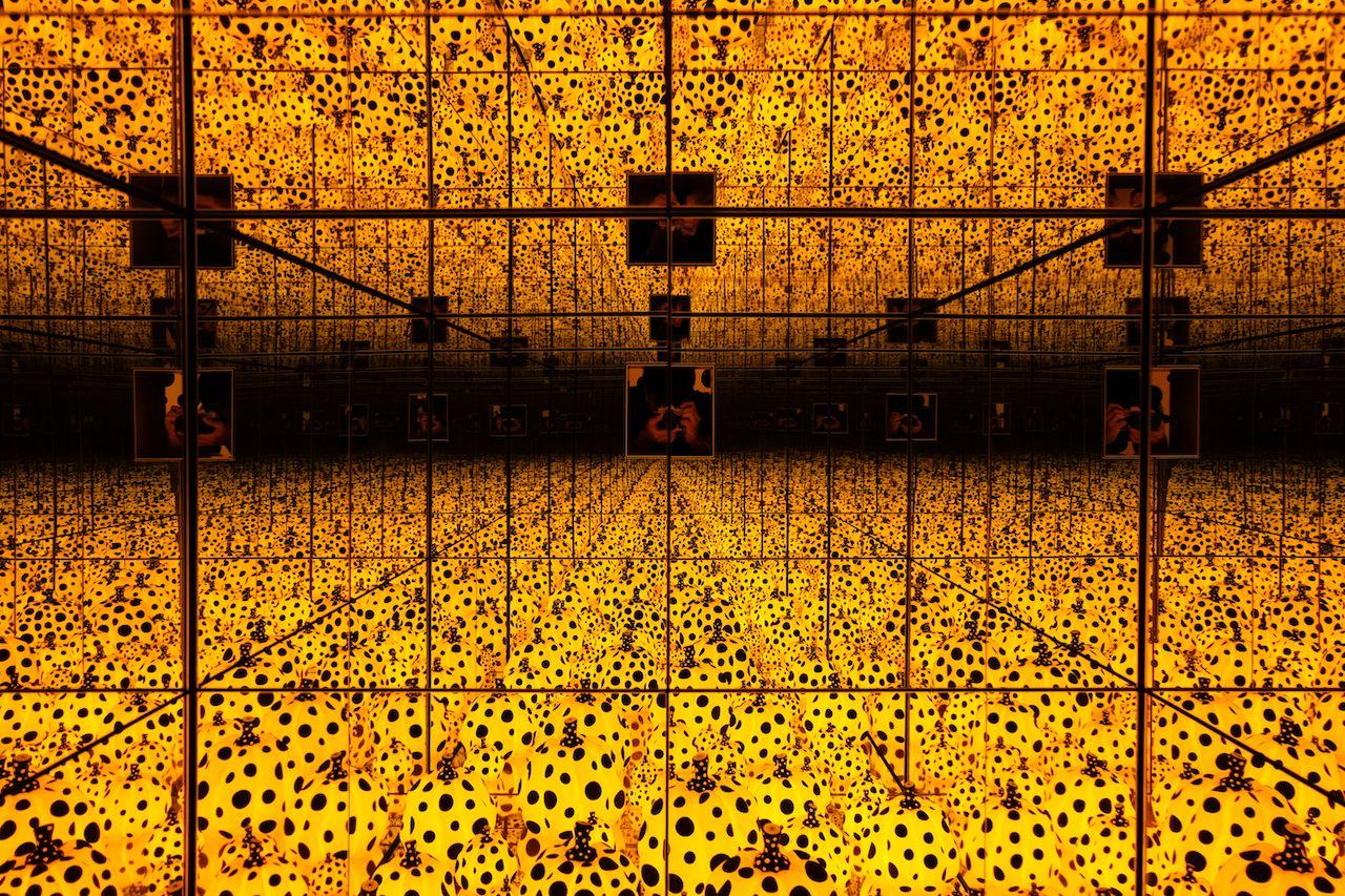 Yayoi Kusama Pumpkin Infinity Room