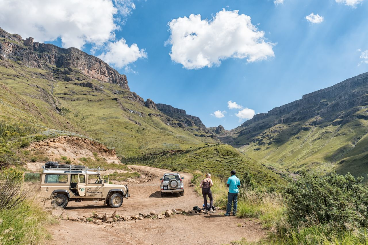 4x4s and tourists on the Sani Pass