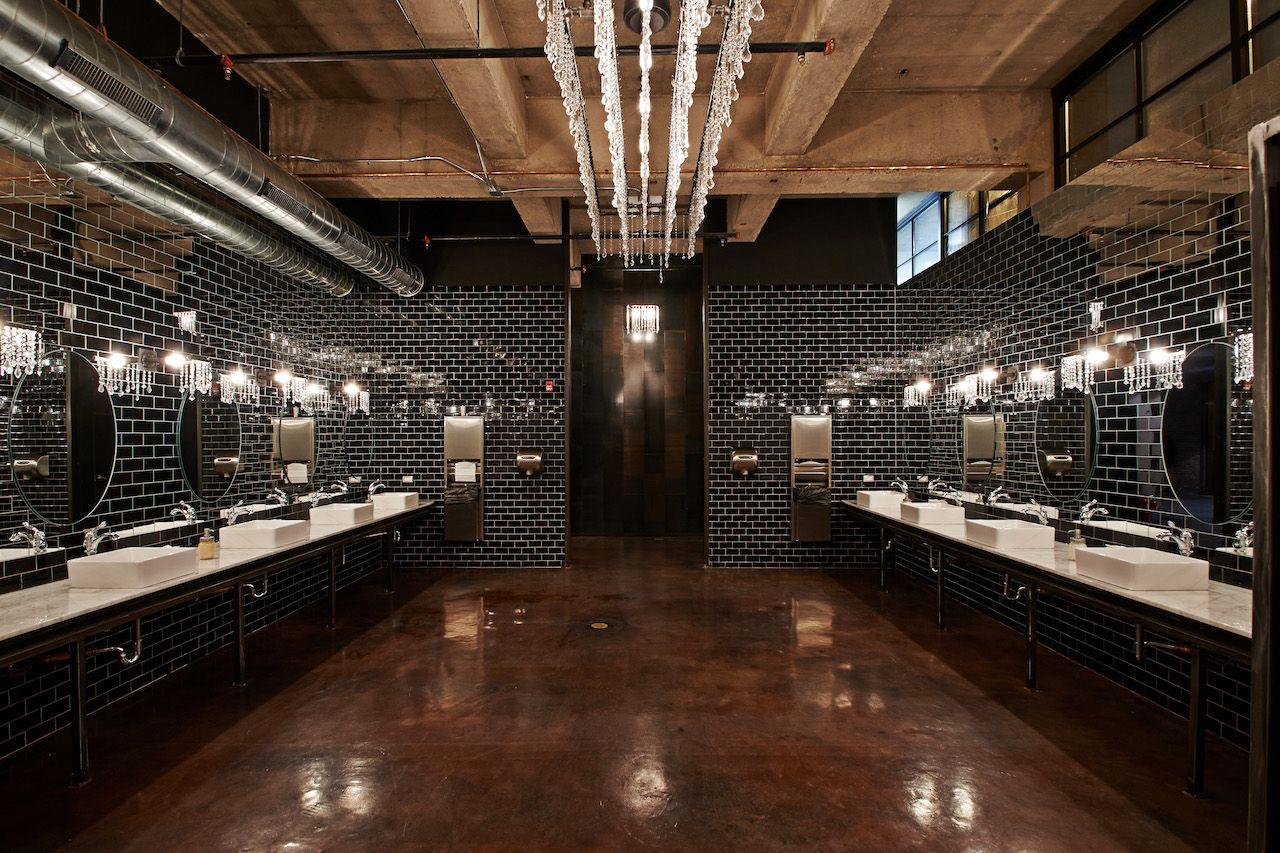 Bathroom in Morgan Manufacturing in Illinois