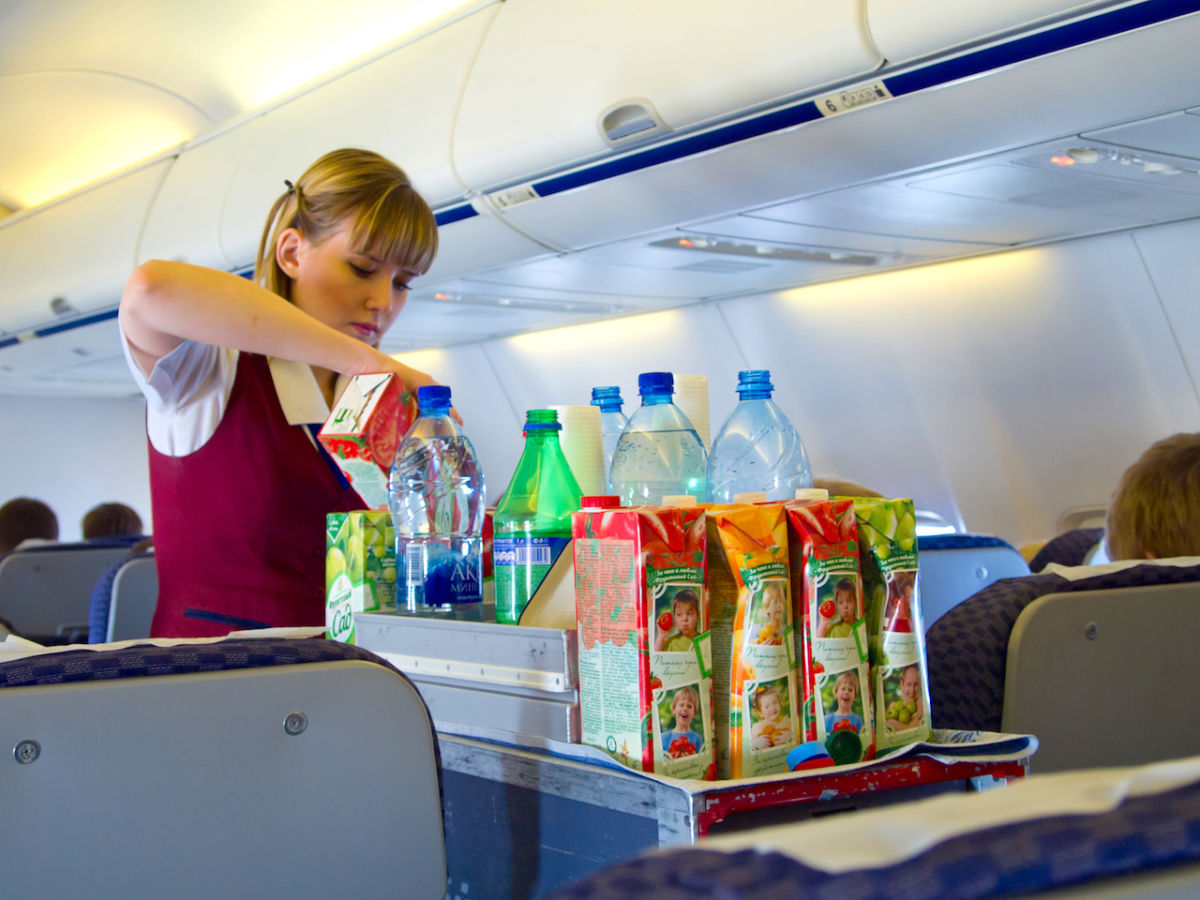 Best drinks to order on a plane