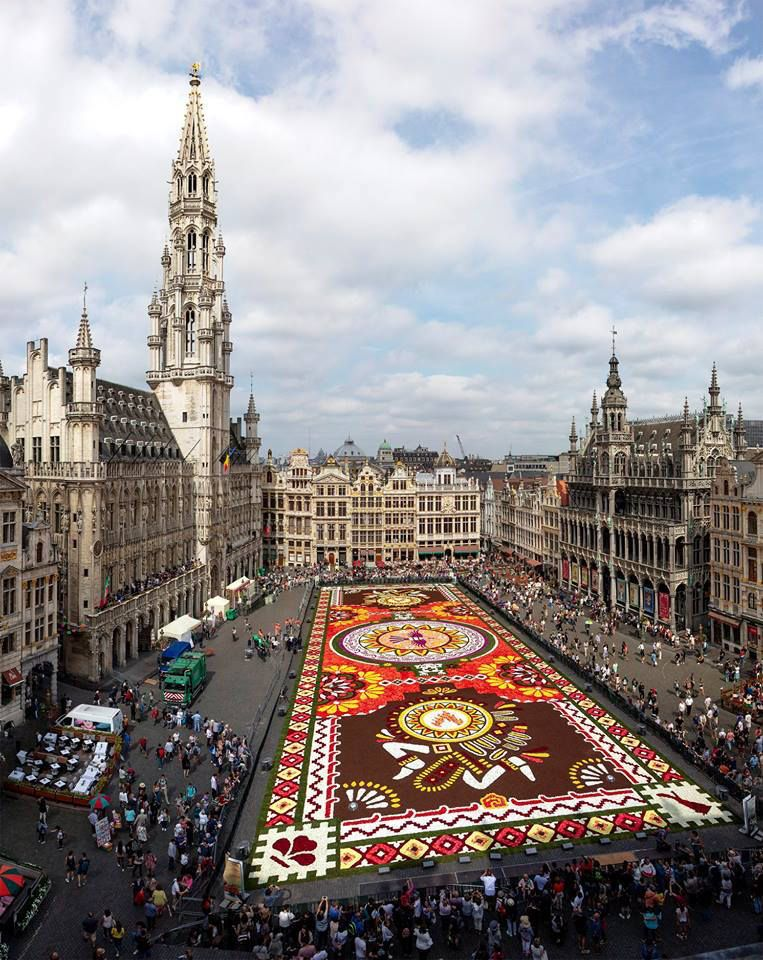 Flower carpet in the central square of Brussels