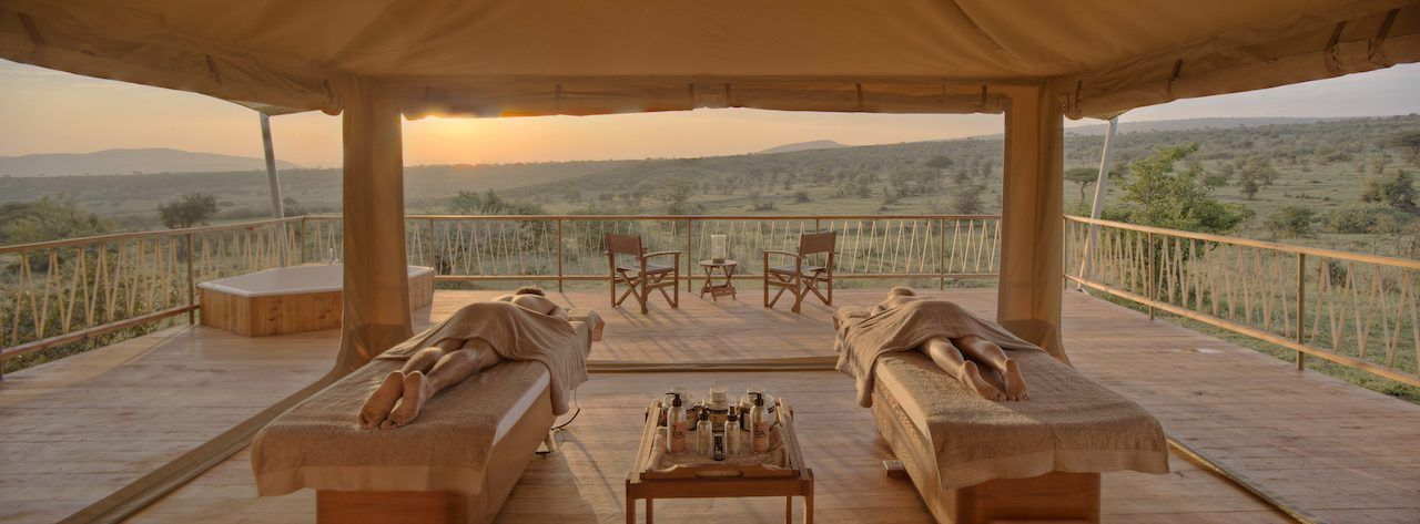 Mara Bushtops spa massage tables and panorama