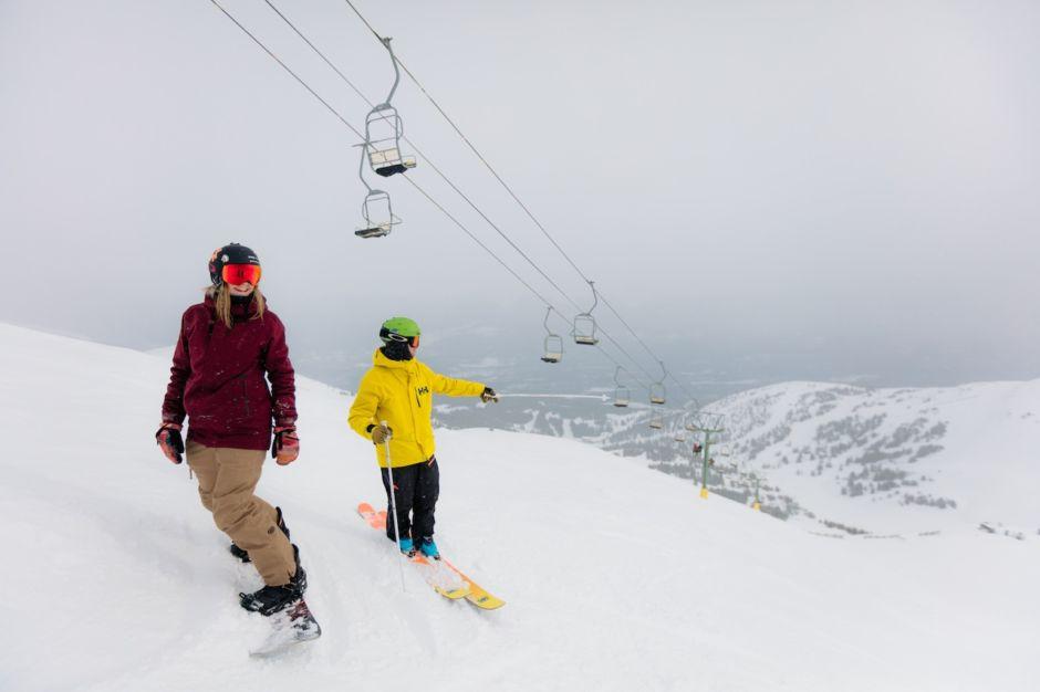Skiing Marmot Basin Jasper Canada