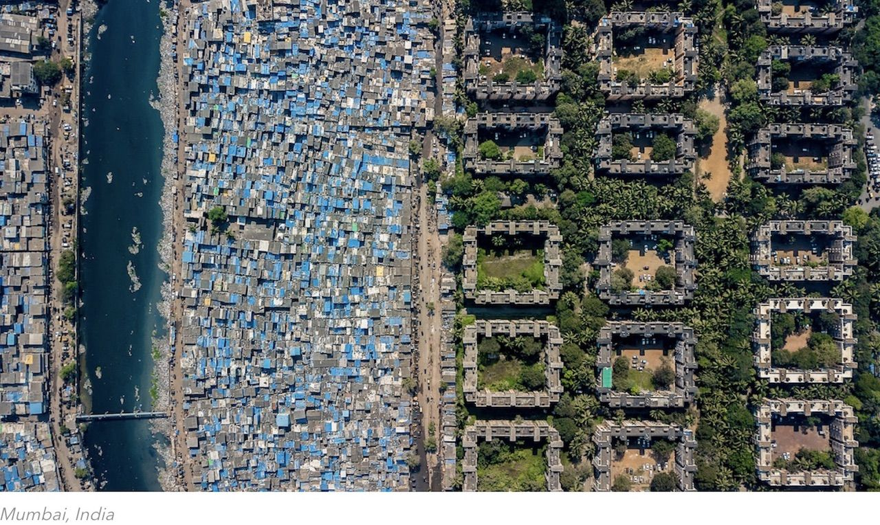 Wealth inequality photos from Johnny Miller's Unequal Scenes series