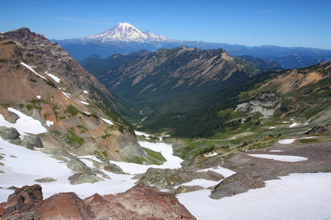 Mount Rainier from the PCT