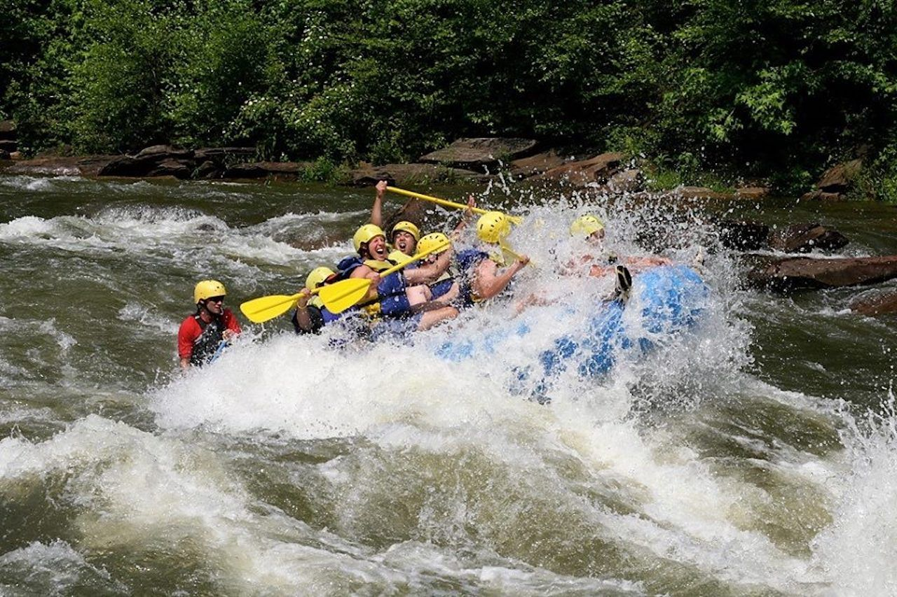 Outdoor Adventure Rafting in Chattanooga, TN
