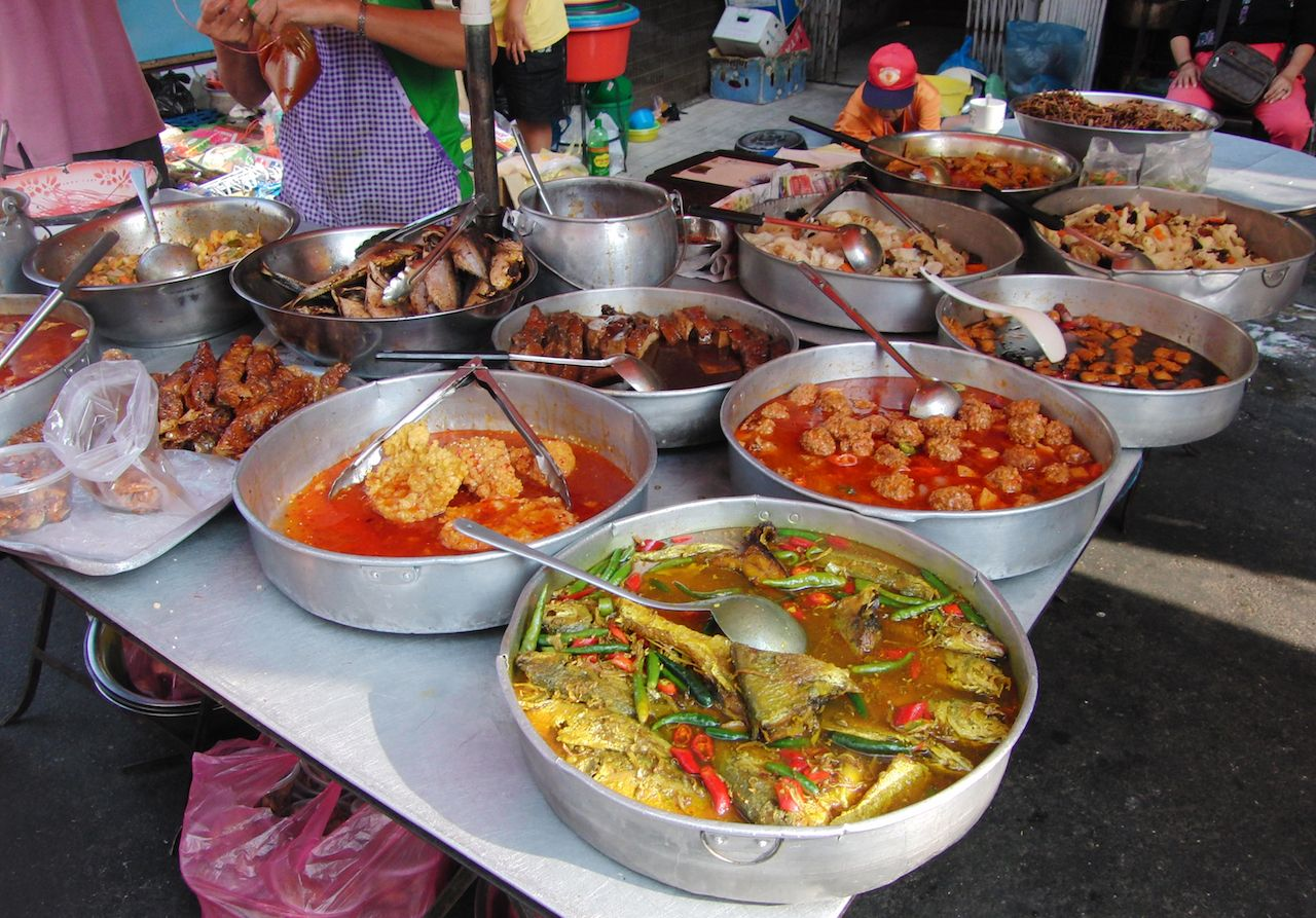 How to visit penang malaysia and eat like a local street food in panang malaysia forumfinder Image collections