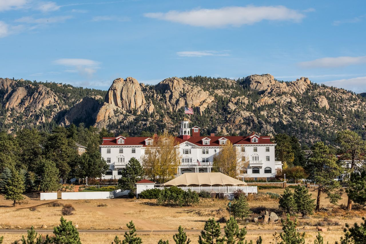 Wide shot of The Stanley Hotel in Estes Park, Colorado