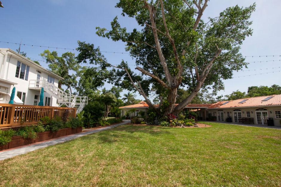 Shangri-La Springs, Florida
