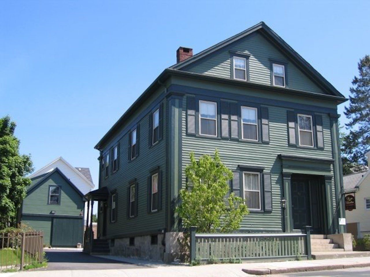 Lizzie Borden Bed and Breakfast/Museum