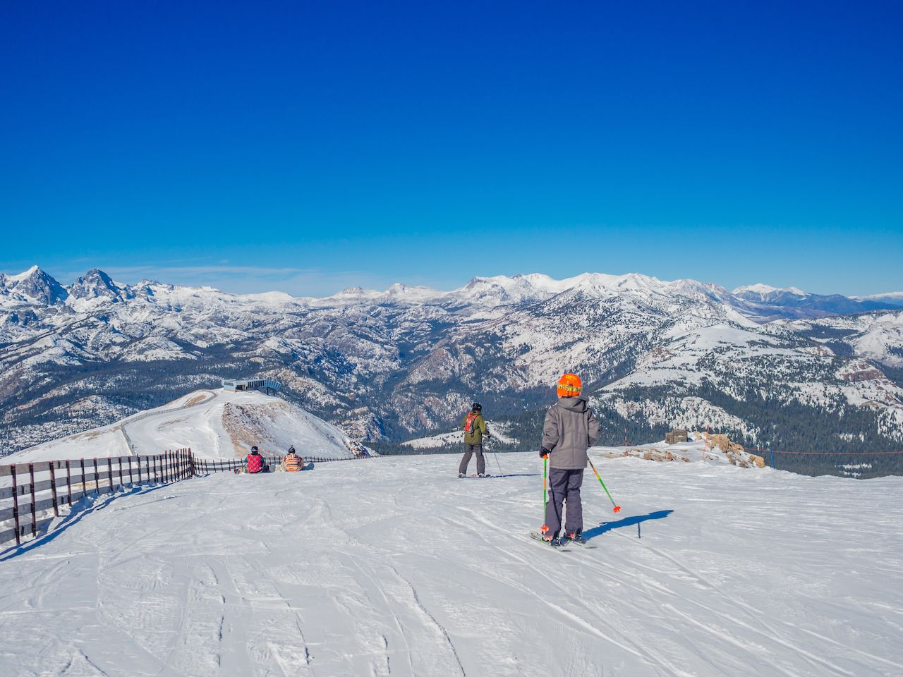 Beautiful day at Mammoth Mountain Ski Area in the eastern Sierra Nevada mountains of California
