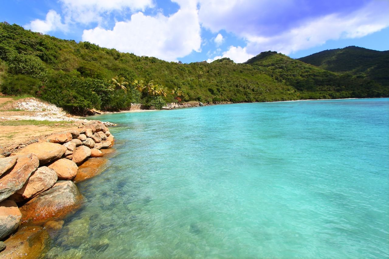 Beautiful sunny day at Brewers Bay on Tortola