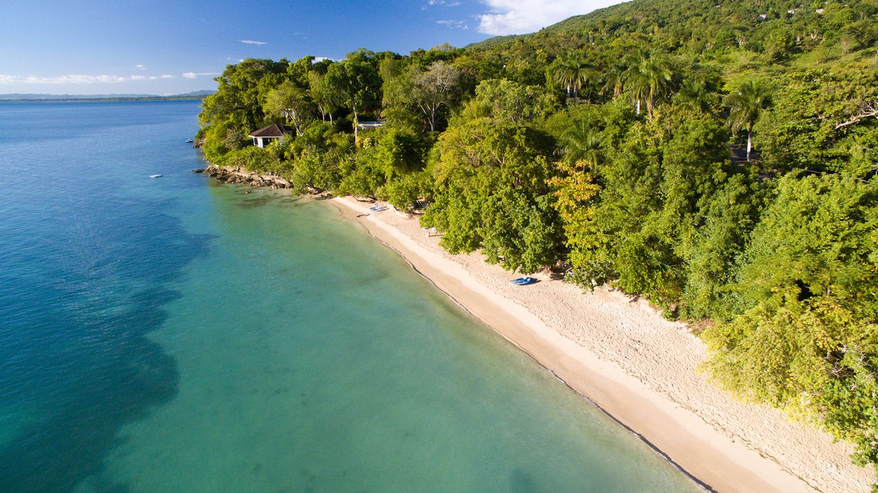Bluefields Bay Beach in Jamaica