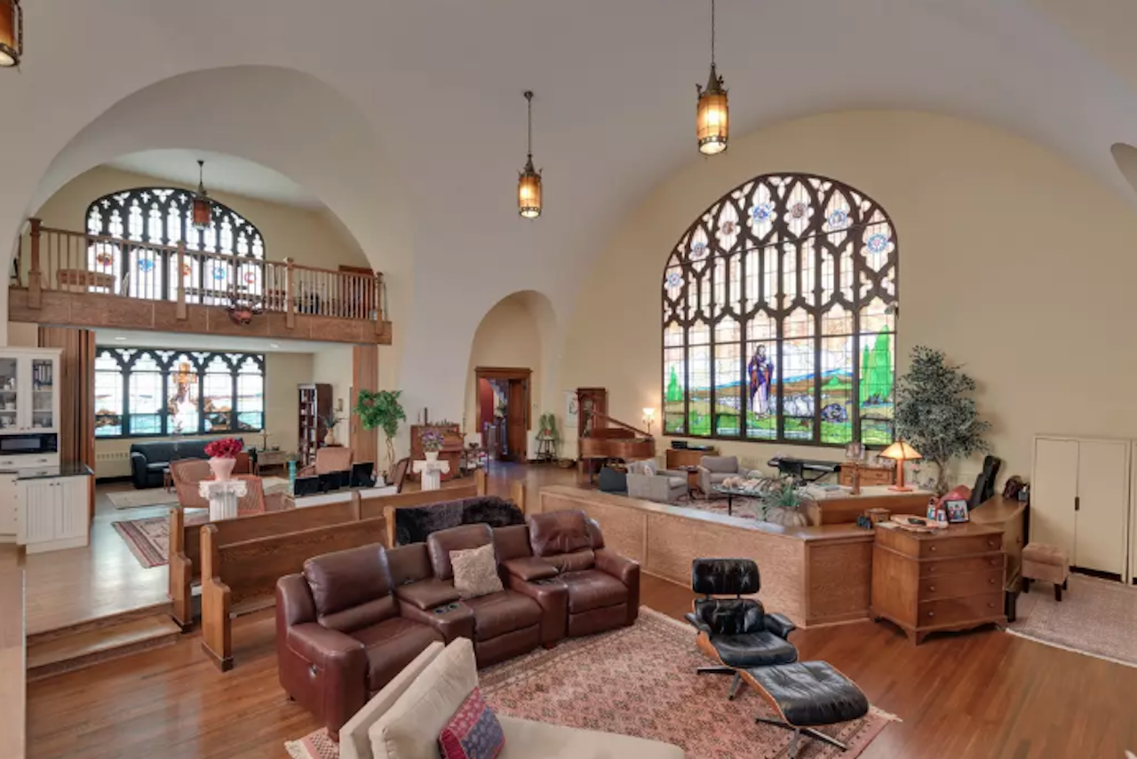 Church converted to luxurious Airbnb near Chicago