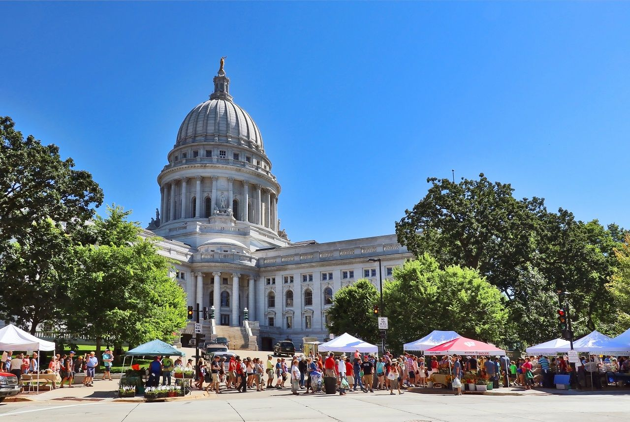 Dane County Madison Farmer's Market in Wisconsin, USA