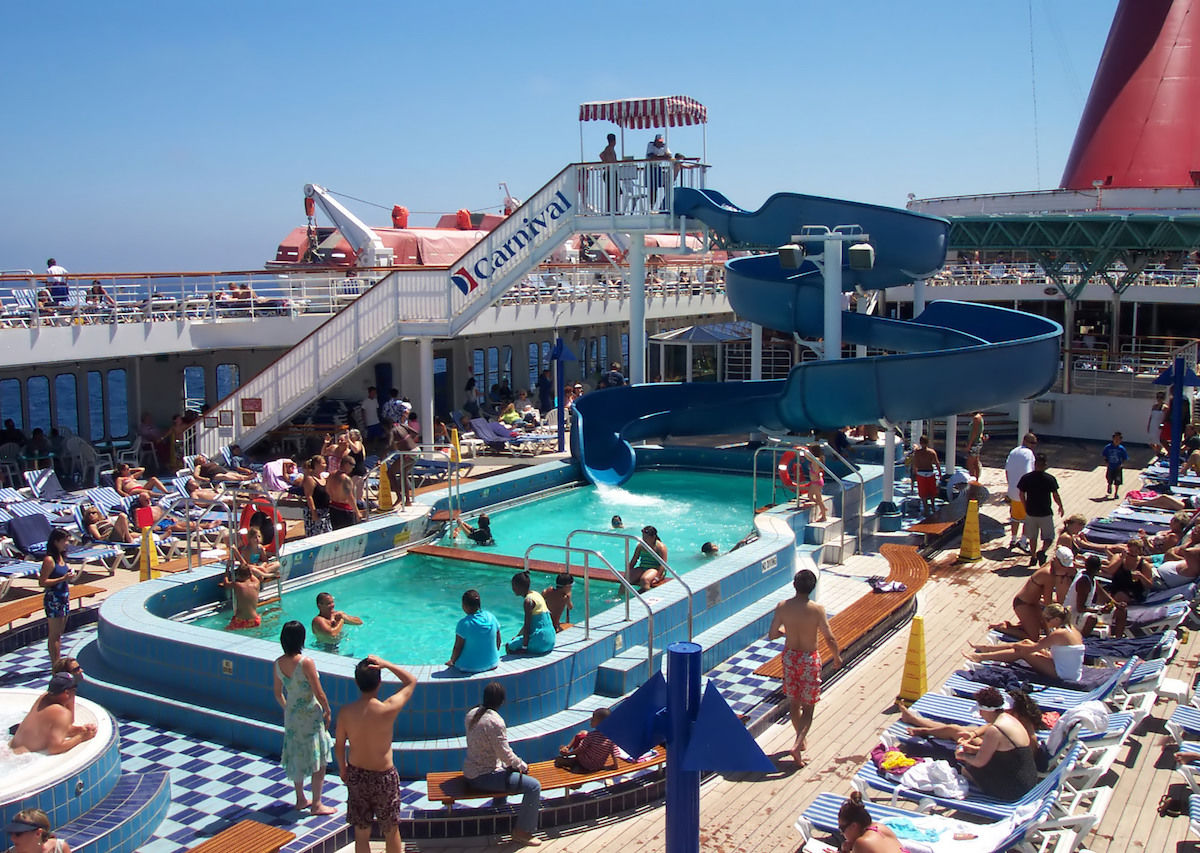 Behind the scenes on a cruise ship — secrets from the crew