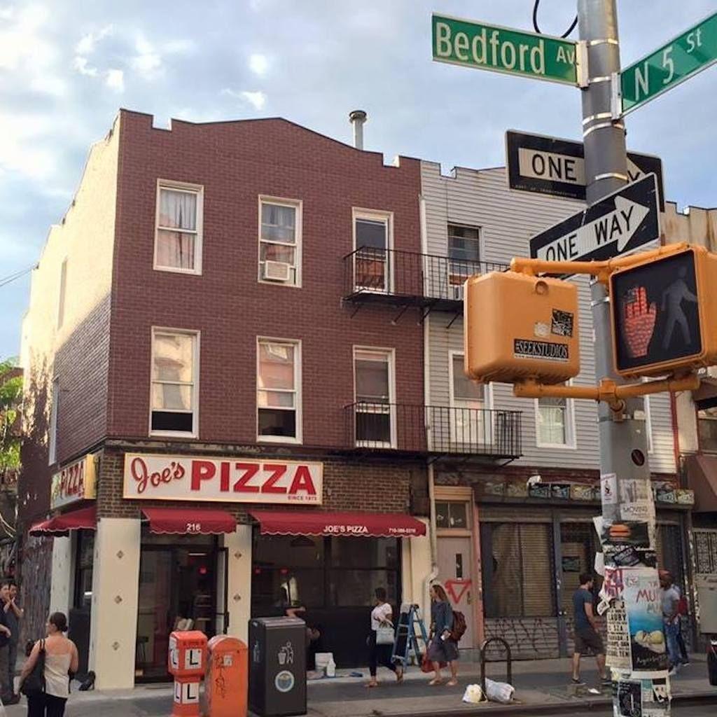 Outside Joe's Pizza in NYC