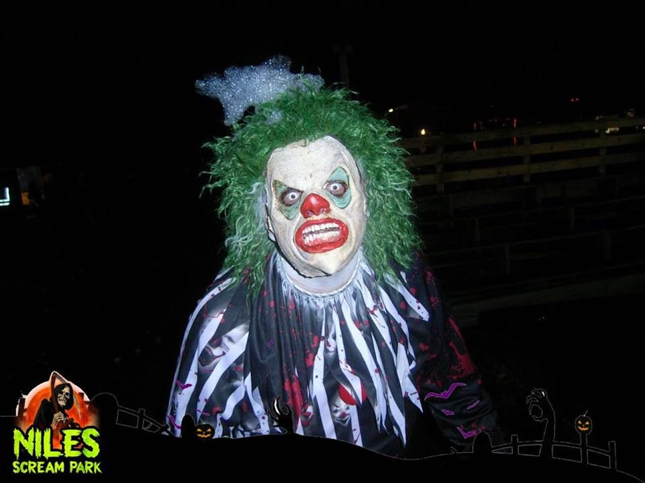 Creepy clown at Niles Scream Park