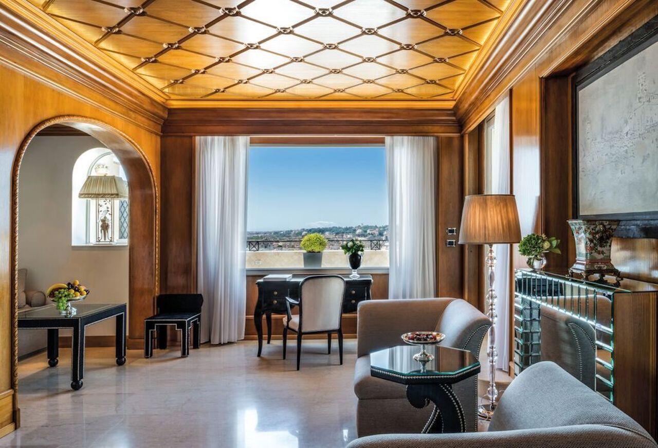 Penthouse Suite Villa Medici