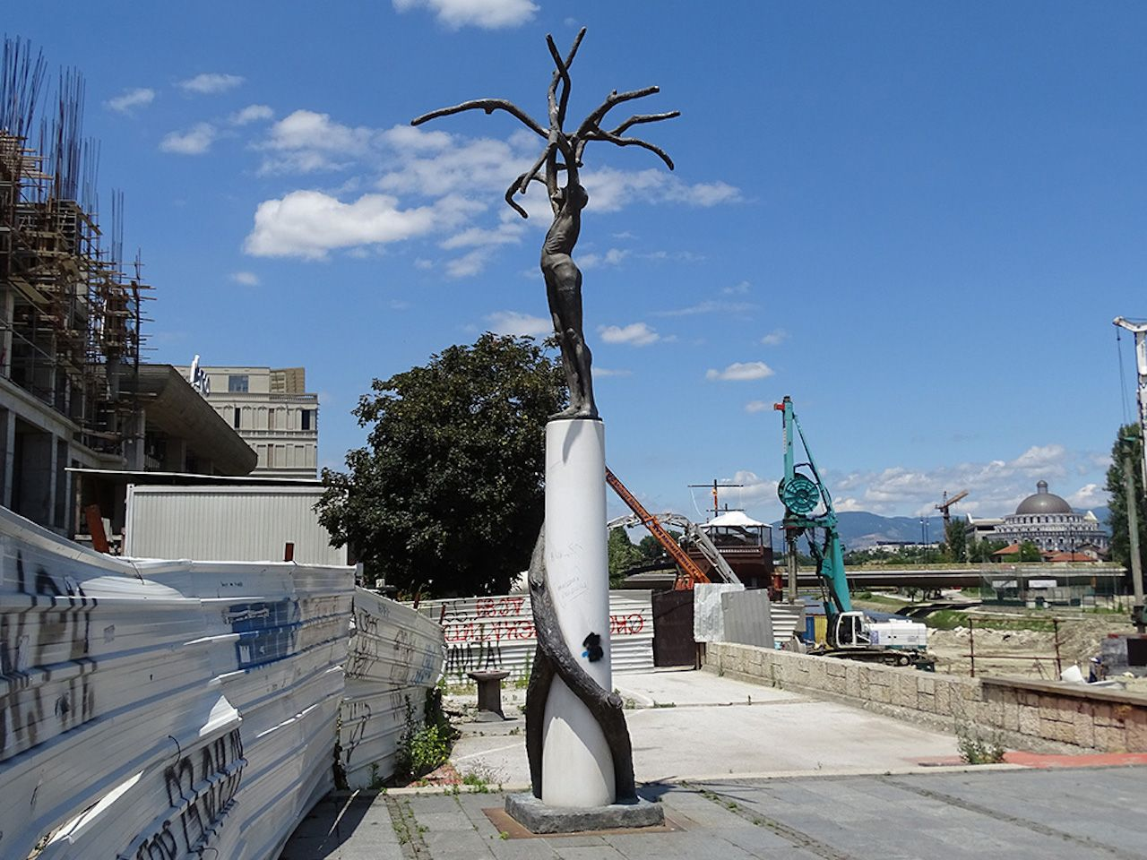 Skopje, Macedonia, sculpture entitled Tree Man
