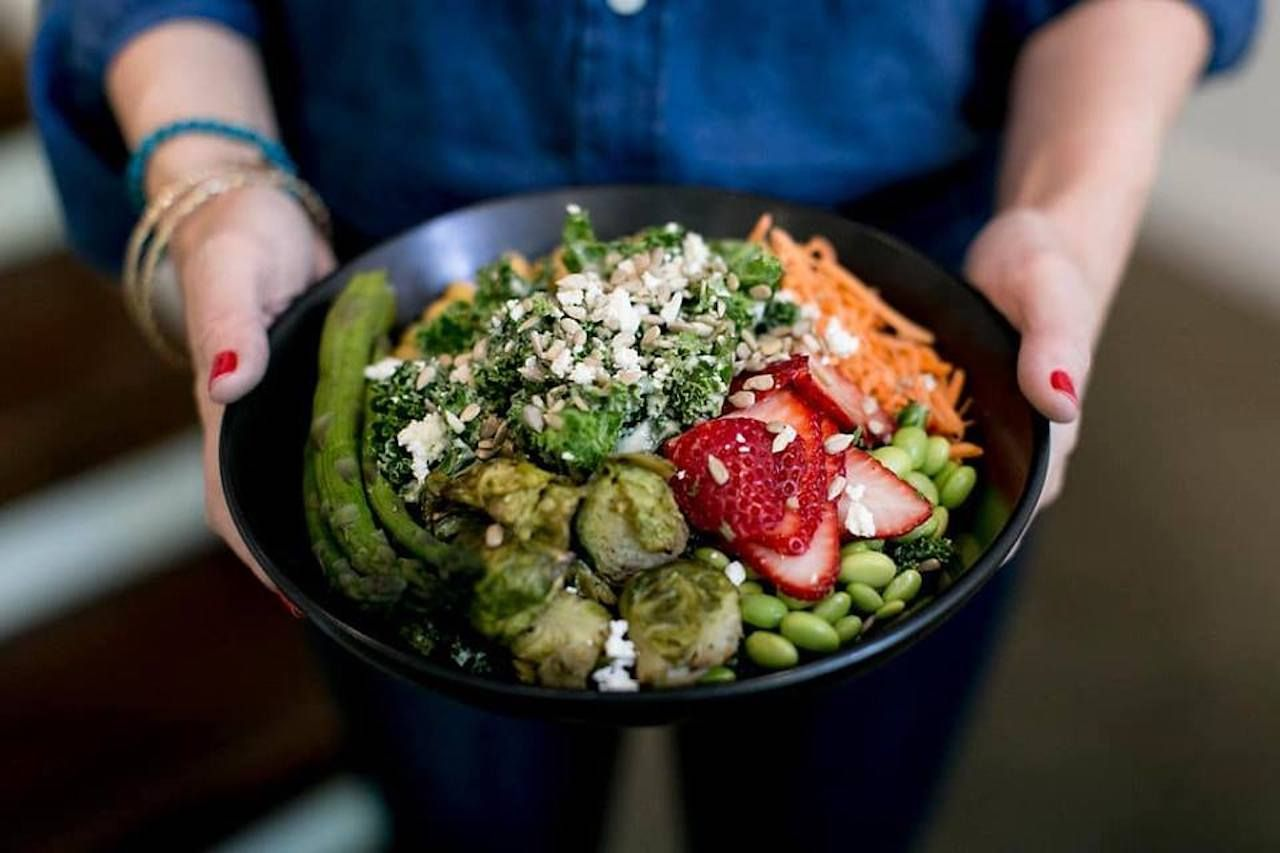 Healthy grain and veggie bowl