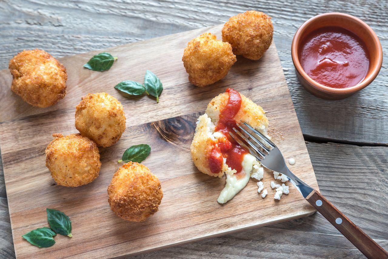 arrancini balls and marinara sauce