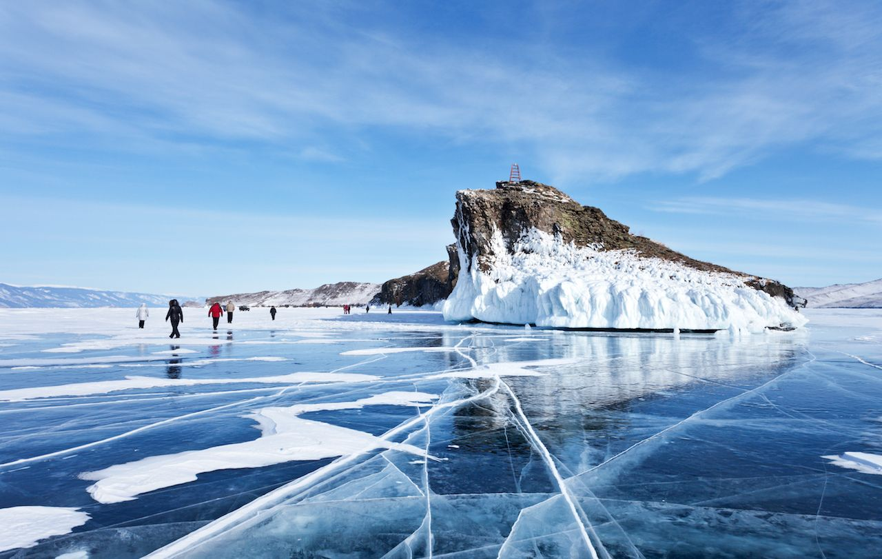 Best frozen lakes for ice skating