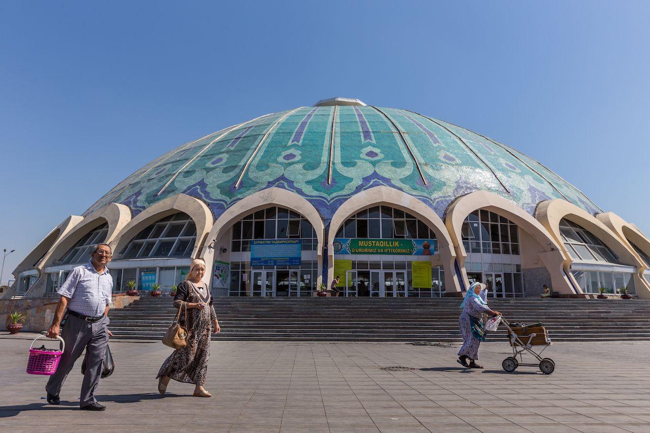 Chorsu Bazaar in Tashkent in Uzbekistan