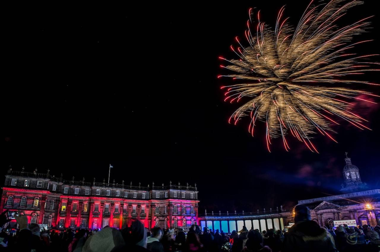 Hopetoun House Fireworks and Bonfire Night in Edinburgh