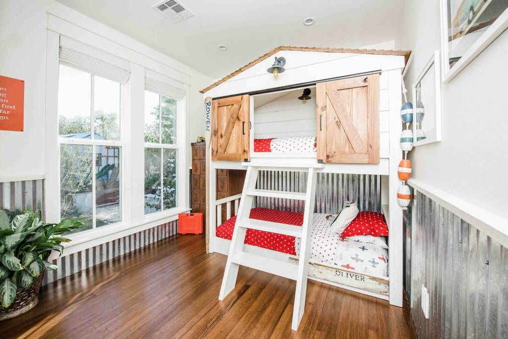 Kids room in Fixer Upper house