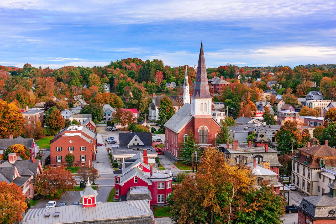 Montpelier, Vermont, USA town skyline