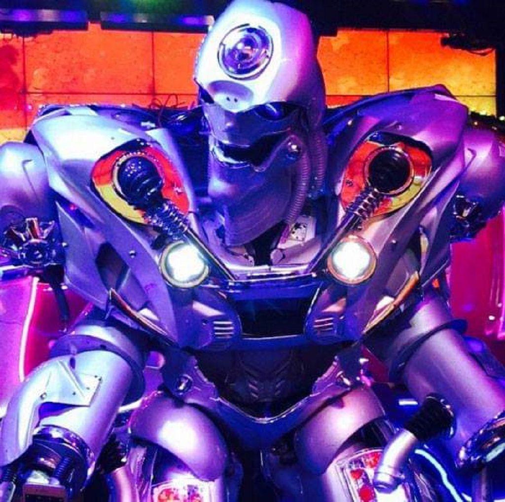 Robot restaurant in Japan