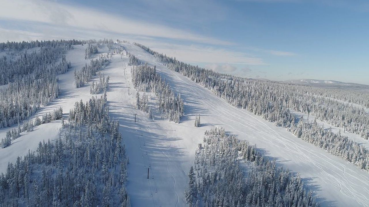 Snowy runs at the Showdown Montana ski resort