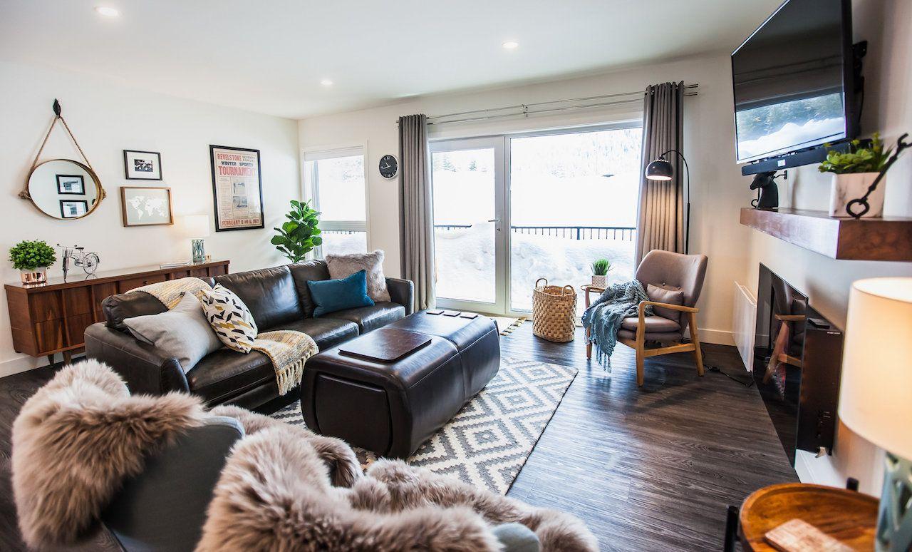 Ski airbnb Revelstoke BC