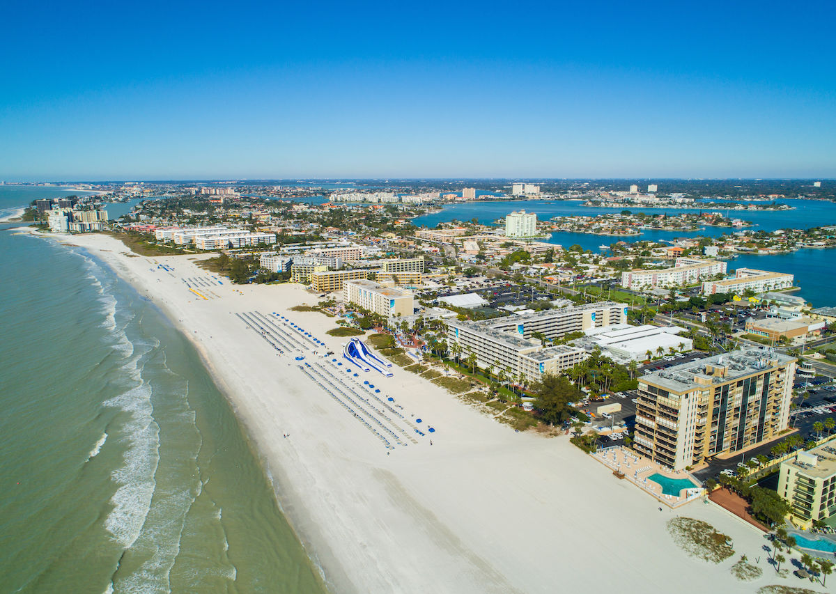 Cheap beach vacations in the US, including Florida, Alabama, North