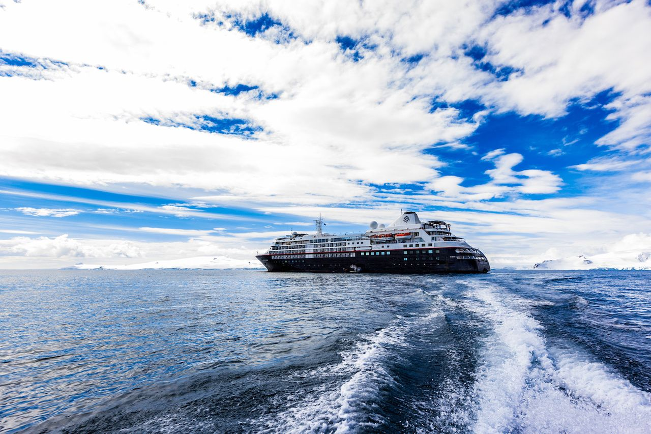 Luxury cruise to Antarctica