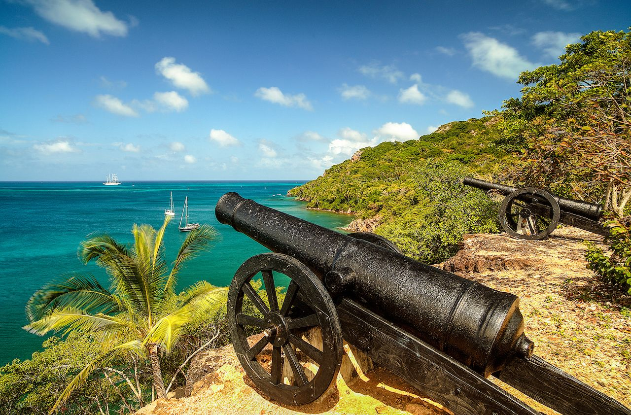 Canons pointed out at the water in Fort Warwick, Providence Island, Colombia