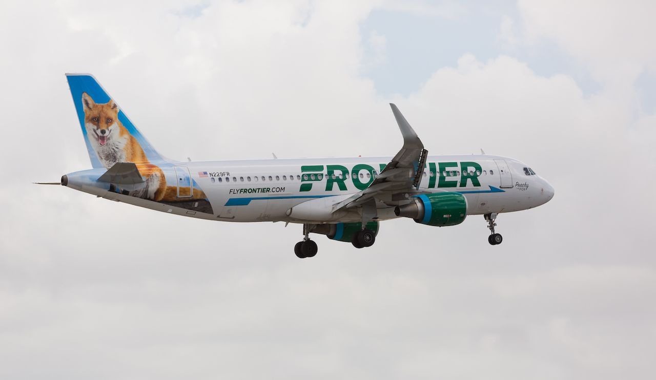 Fronter Airlines plane livery with a fox on the side